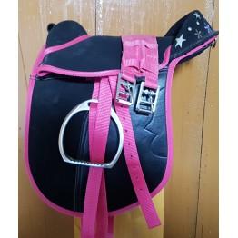 Pony sedlo s stremeni, stremenicami in pasom, črna/roza